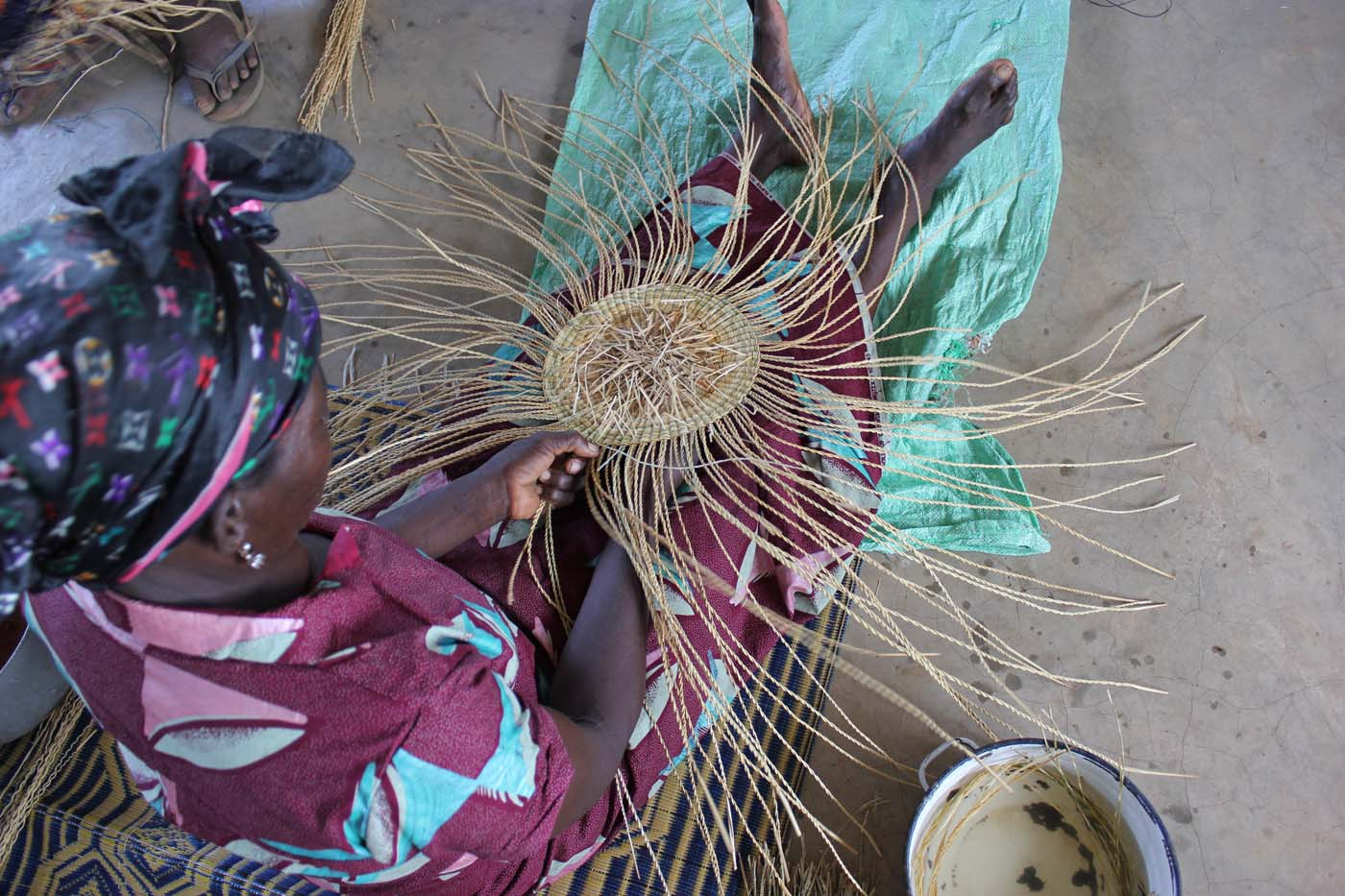 The first weaves form the structure of a basket